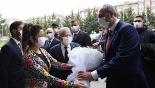 Adalet Bakanı Gül, Dr. Memduh Büyükkılıç'ı makamında ziyaret etti