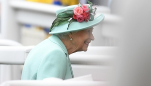 Kraliçe II. Elizabeth Kuzey İrlanda gezisini iptal etti